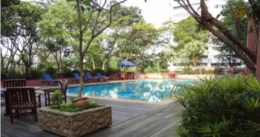 Leonie Gardens