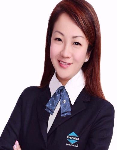 Christine Wee R049102D 83324232