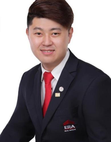 Jackie Lim R050583A 90626068